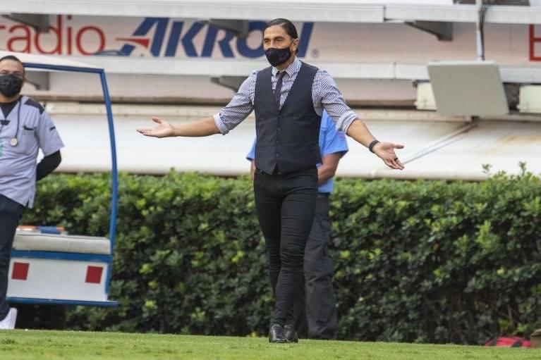 Mazatlán FC hace oficial la salida del técnico Francisco Palencia
