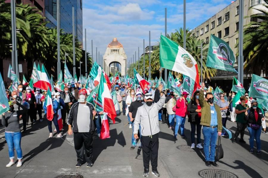 FRENAAA asegura que reunió a más de 150 mil personas en el Zócalo