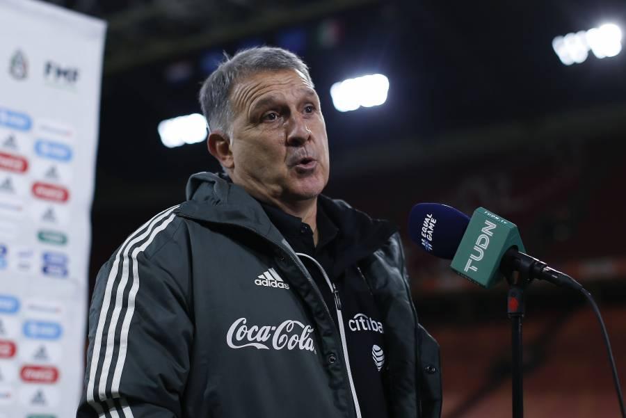 Martino pide calma tras victoria del Tri sobre Holanda