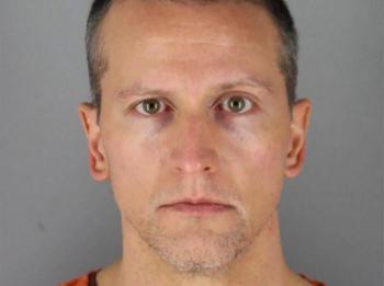 Derek Chauvin, asesino de George Floyd, sale de prisión bajo fianza