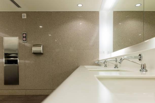 ¿Quién paga el papel higiénico por home-office?