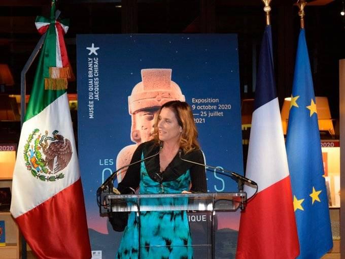 Gutiérrez Muller viaja a Europa para conseguir piezas históricas de México