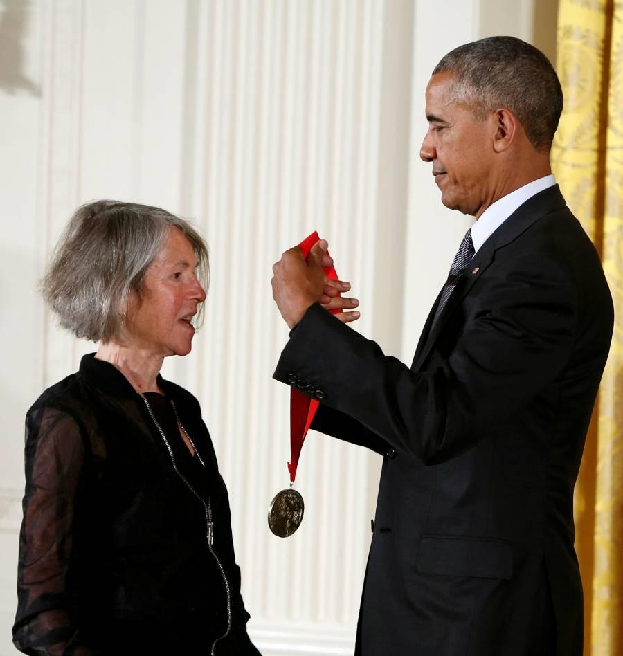 Poeta estadounidense Louise Gluck gana el premio Nobel de Literatura 2020