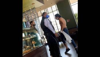 Sujeto amenaza a empleado de cafetería, lo bautizan como