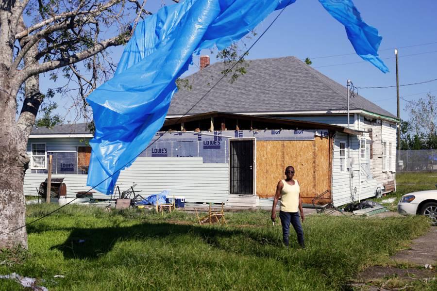 Sin energía eléctrica, residentes de Luisiana vuelven a sus casas tras el huracán Delta