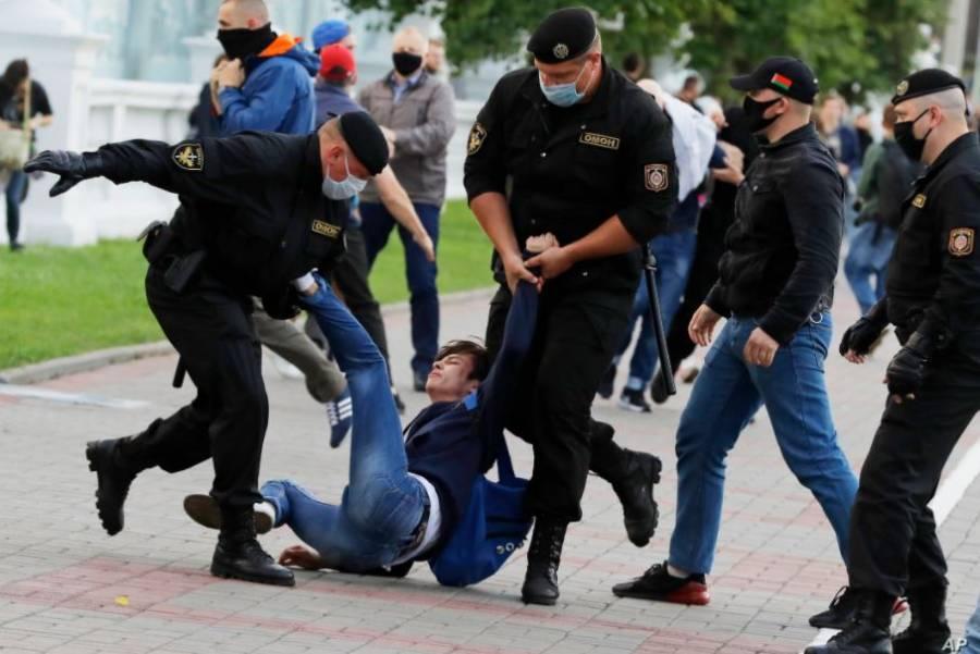 Bielorrusia da luz verde a la policía para uso de armas durante protestas