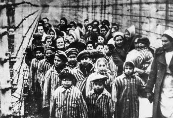 Facebook prohibirá contenido que niegue o tergiverse el Holocausto