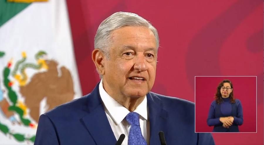 """AMLO defiende a funcionarios ante """"lanzamiento"""" de medios y senadores contra ellos"""