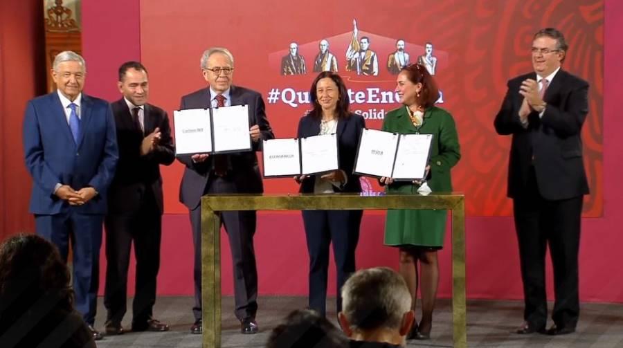 Formalizan firma de contratos para vacuna Covid-19 en mañanera