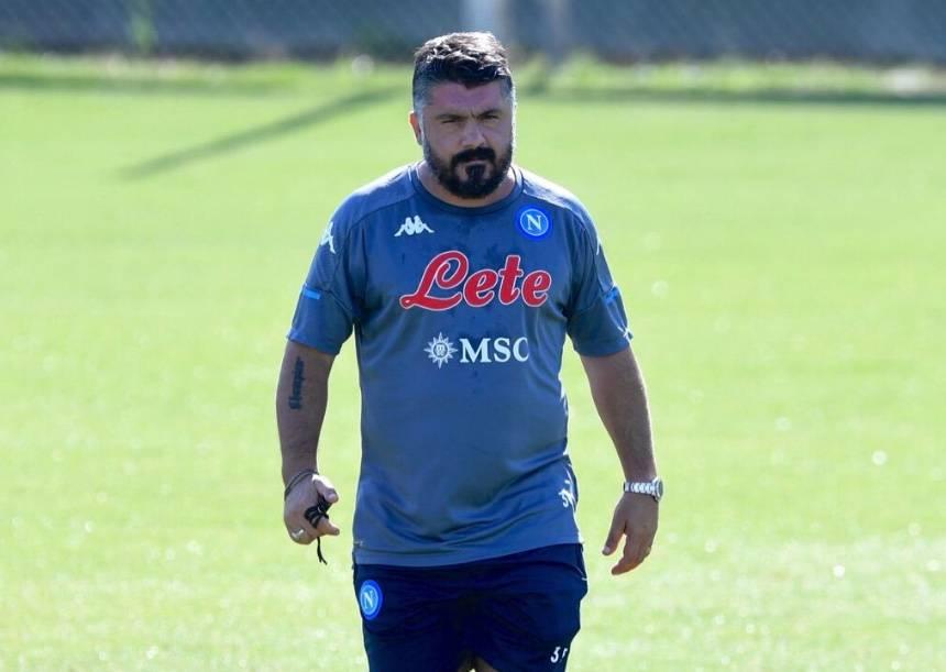 Penalizan al Napoli con un punto y derrota 3-0, tras negarse a jugar contra la Juventus