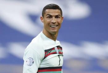Cristiano Ronaldo viaja a Turín para continuar su confinamiento en casa