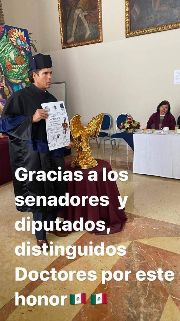 El Poder legislativo otorga a Roberto Palazuelos el doctorado Honoris Causa