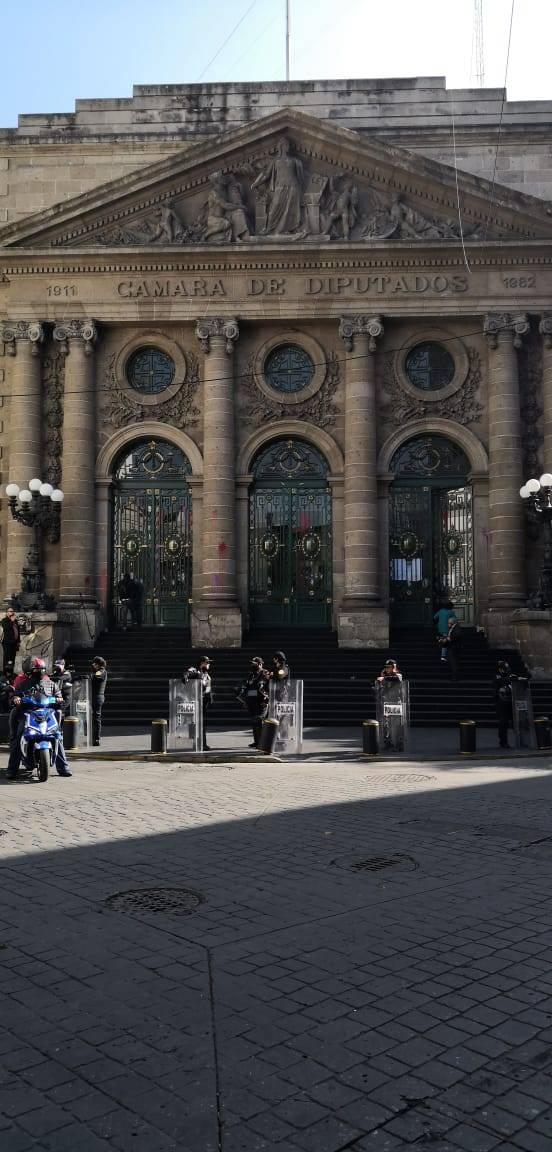 Rechaza Congreso de la CDMX actos vandálicos en contra del Recinto parlamentario