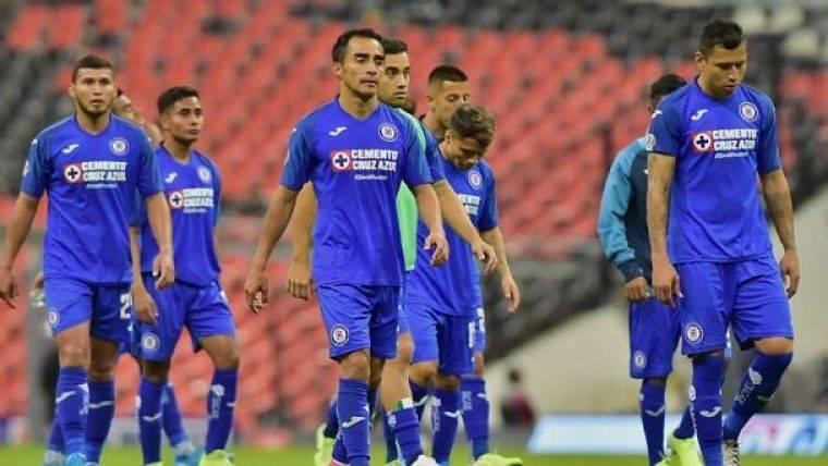 Cruz Azul reporta tres jugadores positivos por Covid-19