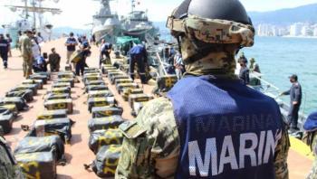 Aseguran elementos de Marina dos toneladas de cocaína en Guerrero