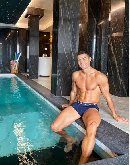 Pese a tener Covid-19, Cristiano Ronaldo se encuentra bien