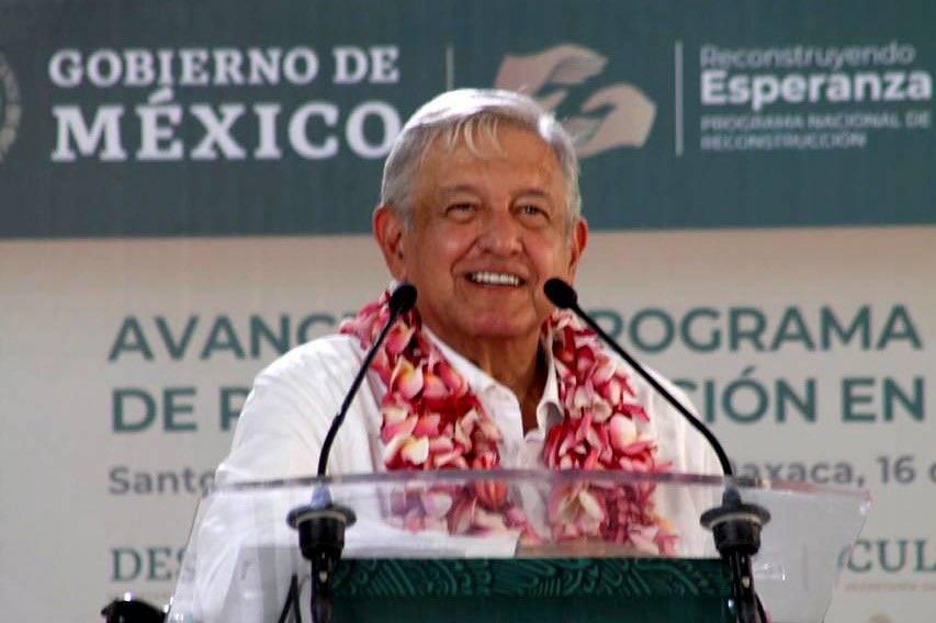 AMLO presenta avance del Programa Nacional de Reconstrucción en Oaxaca