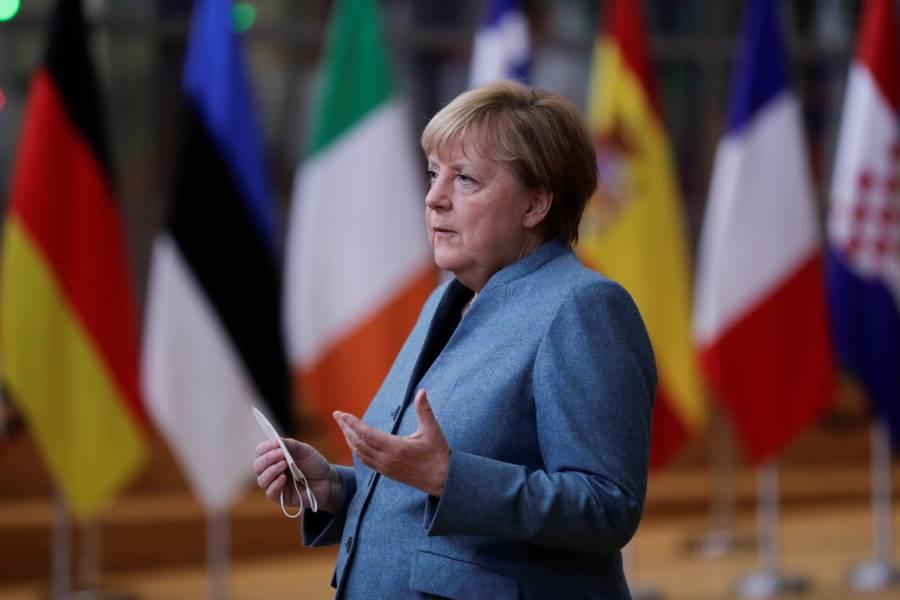 Merkel pide a la población quedarse en casa ante repunte del COVID-19