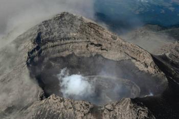 Descartan cambios en la morfología del cráter del volcán Popocatépetl: CNPC