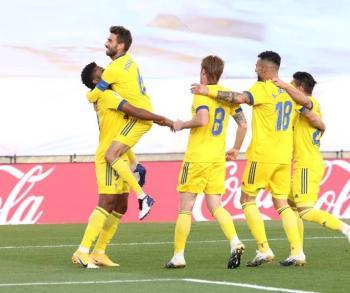El Cádiz vence a un irreconocible Real Madrid