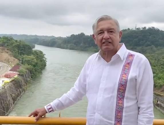 AMLO inaugura nuevo modelo de presas hidroeléctricas de México