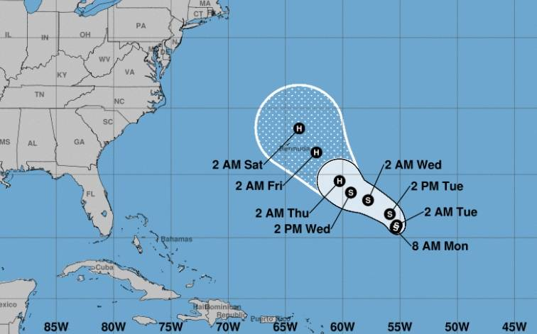 Aparece la tormenta tropical Epsilon en el Atlántico Central