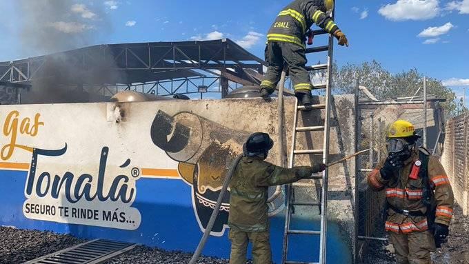 Reportan incendio en gasera de Matatlán, Jalisco