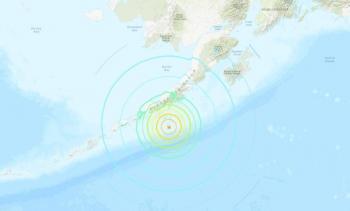 Sismo de 7.4 grados sacude Alaska y emiten alerta de tsunami