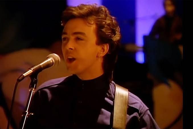 Muere Tony Lewis, cantante y bajista de la banda The Outfield