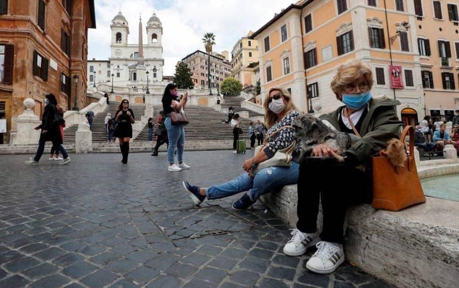 Ante aumento de casos por Covid-19, Italia impondrá toque de queda en dos regiones