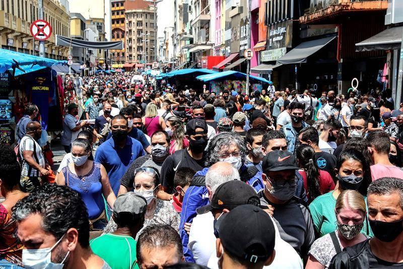 En las ultimas 24 horas Brasil registra otras 661 muertes por COVID-19