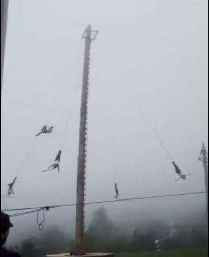 Volador de Papantla cae de 20 metros de altura en Hidalgo