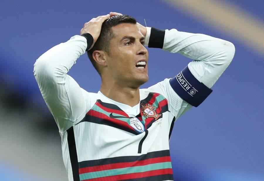 Ministro de Deportes italiano vuelve a criticar a Cristiano Ronaldo