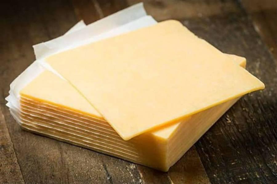 Ni el queso amarillo se salva: Profeco anunciará marcas que incumplen normas