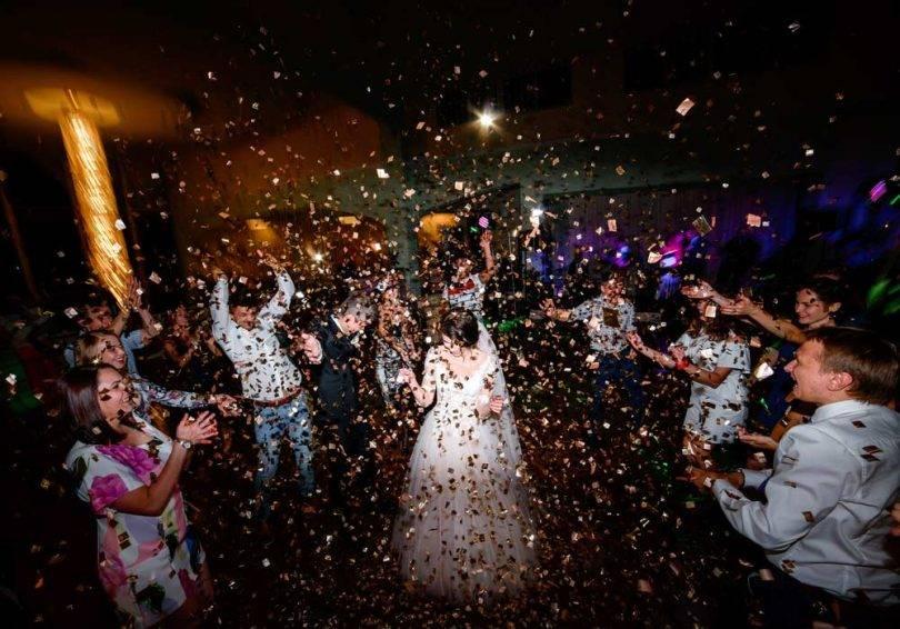 Boda con 700 invitados ocasiona al menos 90 contagios de Covid