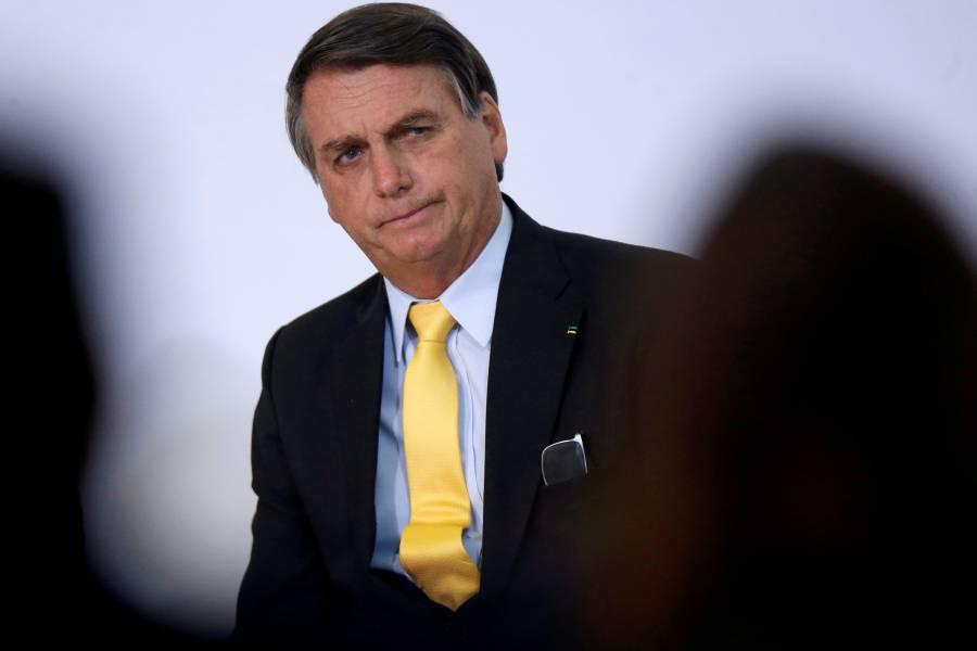 Bolsonaro rechaza compra de vacuna china y ministro de Salud da positivo a COVID-19