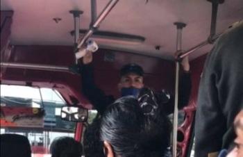 Policías informan medidas contra Covid-19 en