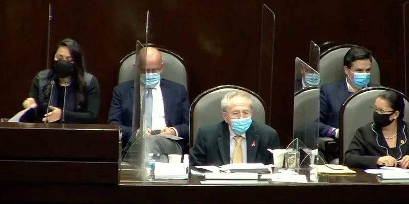 Defienden ante diputados manejo de la pandemia por Covid