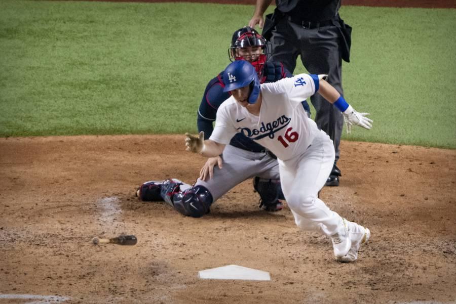 Will Smith, de los Dodgers, conecta histórico jonrón en la Serie Mundial