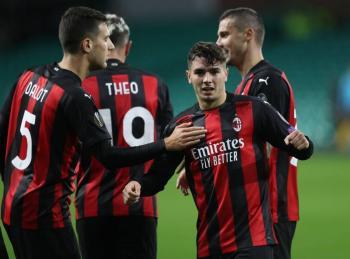 Milan mantiene racha perfecta en la Europa League y Tottenham gana