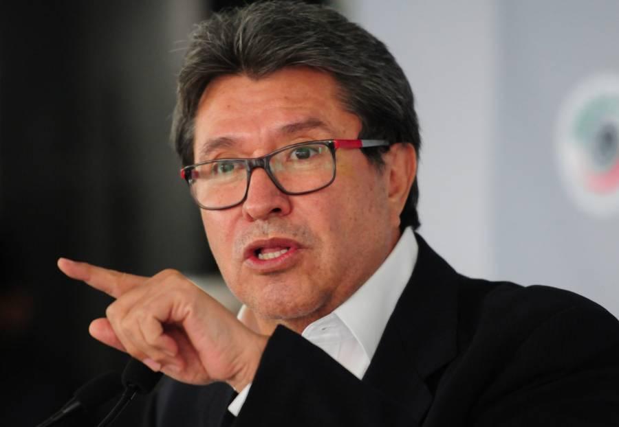 Monreal celebra aprobación de consulta contra expresidentes