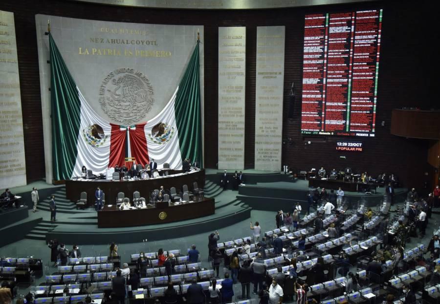 Diputados aprueban consulta para enjuiciar a expresidentes