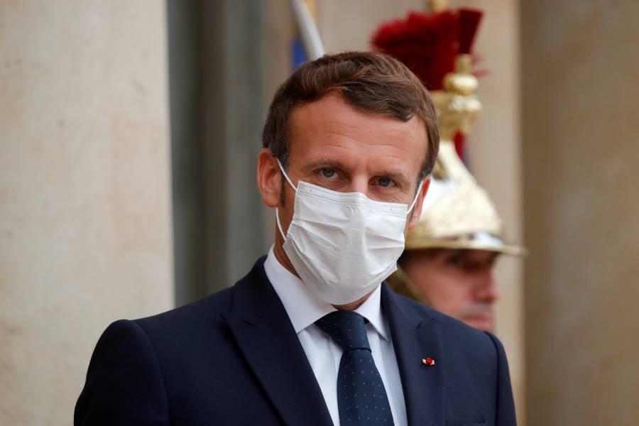 Prepárense para vivir con el virus hasta mediados de 2021: Macron