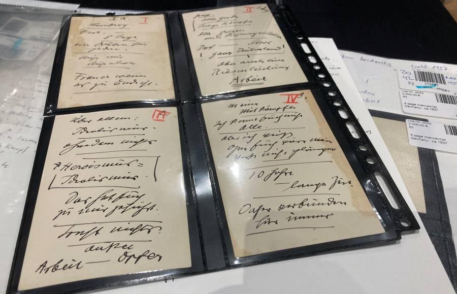 Hitler bajo el martillo: subastan tarjetas de discursos en Múnich