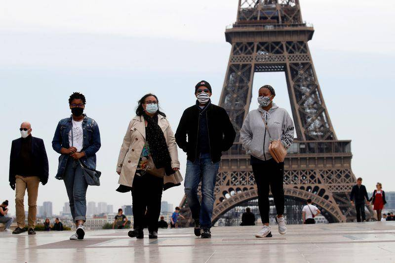 Francia suma 45 mil 422 casos de Covid-19 en un día