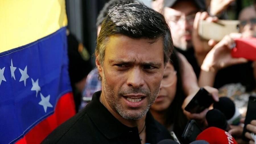 Opositor venezolano, Leopoldo López, abandona residencia de embajador de España