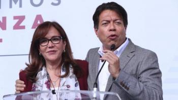 Yeidckol Polevnsky y 38 senadores reconocen victoria de Mario Delgado