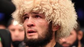 Khabib Nurmagomedov se retira de la UFC como campeón invicto en peso ligero