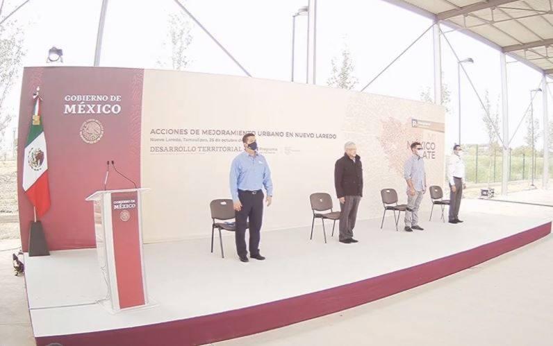 Abuchean integrantes de Frenaaa a AMLO en Tamaulipas