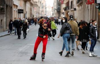 Ante rebote, Italia se cierra a la diversión